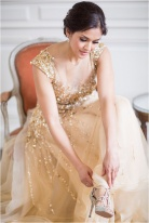gold-wedding-dress-by-noel-chu-atelier