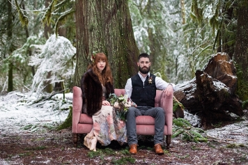 mountain-cabin-anniversary-session-karra-leigh-photography-glamour-grace-13-680x453