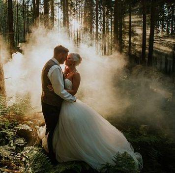 smoke bomb wedding photography (5)