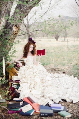 literary-inspired-wedding-with-a-book-page-wedding-dress-17