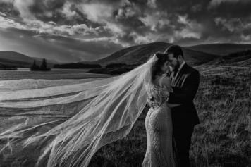 destination-wedding-photographer-scotland-eilean-donan-isle-of-skye-torridon-106-1-900x600