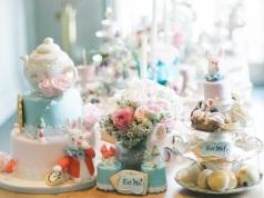 alice-in-wonderland-cakes-image