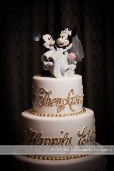 disney-wedding-cake-mickey-minnie_f_improf_800x1200
