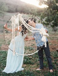 dreamcatcher-wedding-decor-bohemian-wedding-inspiration-bridal-musings-wedding-blog-11-630x824