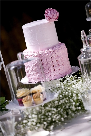 03pink_white_wedding_cake