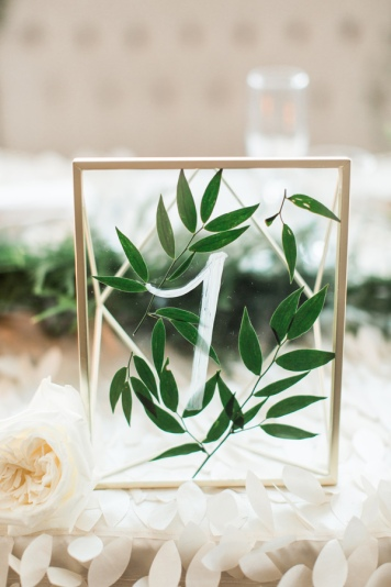 Ruffled - photo by Samantha Jay Photography http://ruffledblog.com/enchanted-garden-wedding-ideas