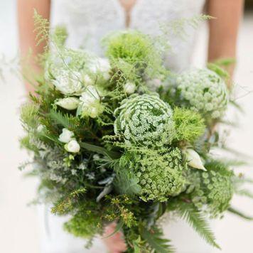 Black & White Ocean Bridal Ideas | Photo by Sorrento Weddings www.sorrentoweddings.com.au
