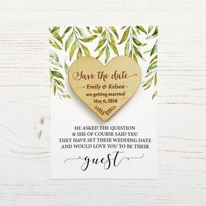 preview_laurel-wooden-magnet-save-the-date