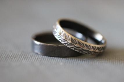 sara-wedding-rings-set-wedding-bands-sterling-silver-botanical-wheat-modern-minimal-his-and-hers-rustic-bohemian-made-to-order