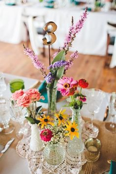 colorful-wildflower-wedding-table-number-decor