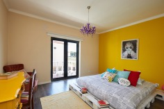 quarto_Drop-Of-Yellow-1