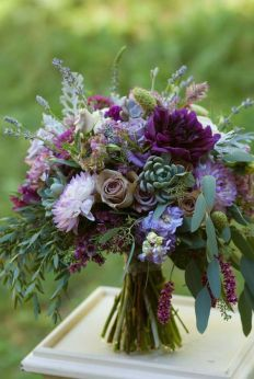 https://moncheribridals.com/wedding-bouquets/29-reasons-to-love-purple-wedding-bouquets/