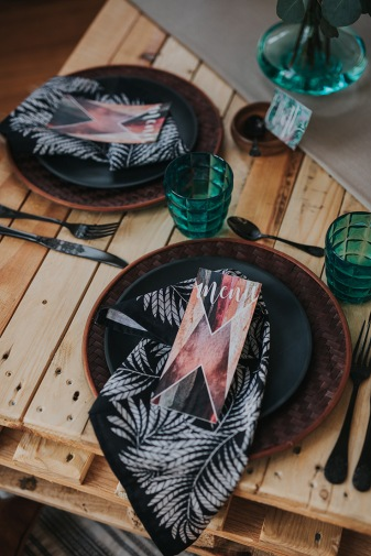 Coachella-Inspired-Shoot-with-Boho-Tropical-Details19